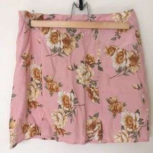 🌼5 for $25 SALE! F21 Blush Floral Mini Skirt
